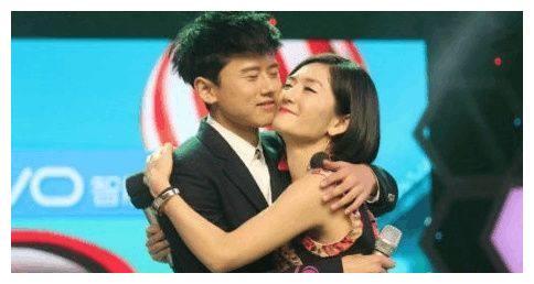 谢娜答应蔡徐坤七年前拜师请求,穿越时空和他定了七年之约!