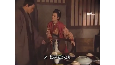 潘金莲心系武松,竟要与他喝交杯酒,武松眼神亮了!