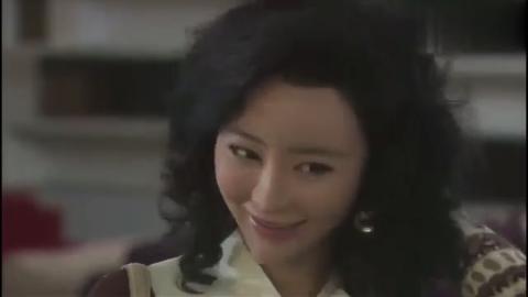 叶落长安:那时候美女顺应局势,在外资企业上班,一月赚2000多