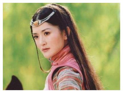 胡歌版《射雕英雄传》有四美,华筝垫底,而黄蓉却仅排第三!