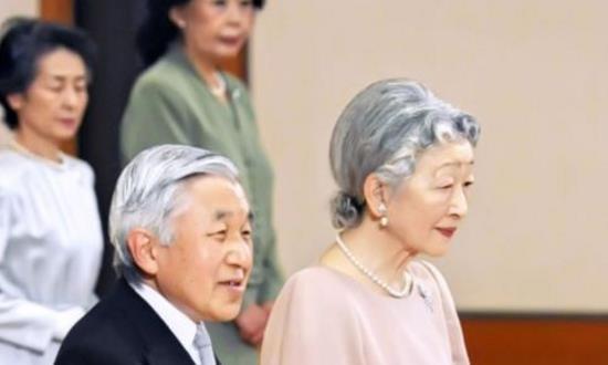 日本上皇后美智子,婚后被婆婆打压到抑郁,死后不与丈夫明仁合葬
