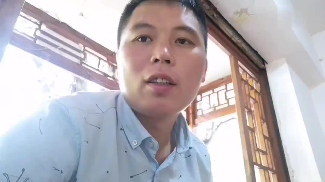 云南普洱市找不到工作,吃完兰州牛肉拉面,打算去中越边境河口