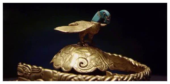 《皓镧传》公主雅头饰是只鸟 于正贴图力证符合历史