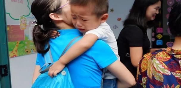 6岁男孩幼儿园不吃饭,伙食费白交,老师的话让愤怒的妈妈没脾气