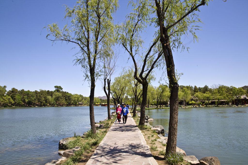 中国古典园林艺术的杰作,应山就水,宛如一幅美丽的山水名画