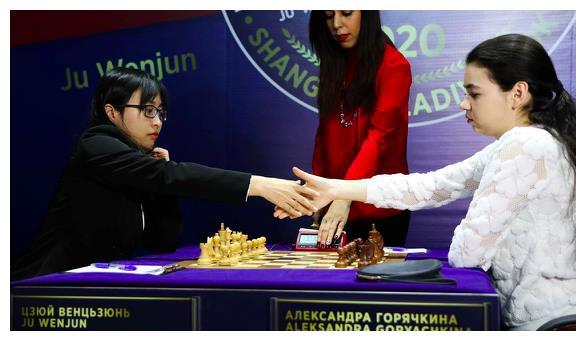 2020年中国首个世界冠军!居文君:这是我赢得最艰苦的比赛