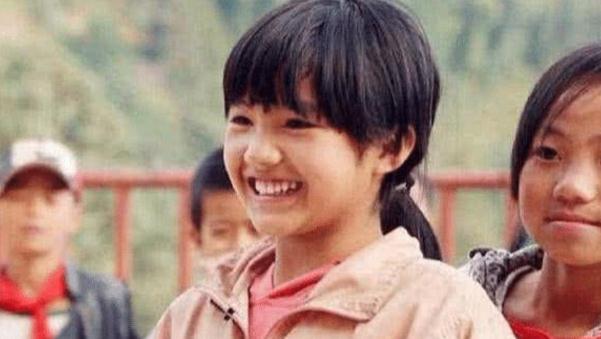 她是变形计最美女孩,城市哥哥每年都来接她玩,网友:小版杨丞琳