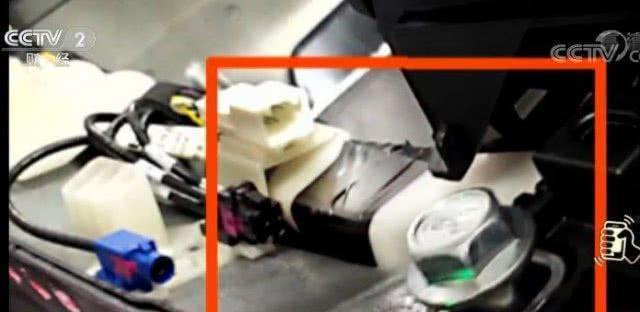 偷工减料!特斯拉员工自曝惊天丑闻:电子元件竟用胶带粘!