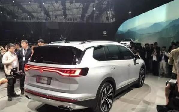 大众又一全新SUV亮相,车标能发光,车长5米1,值得等待!