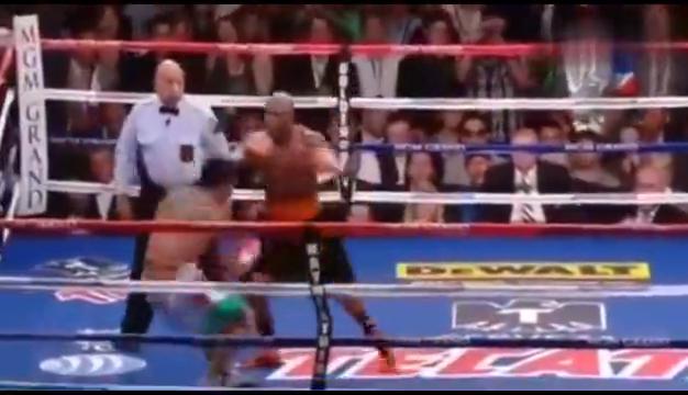 赢了比赛输了人品,拳击手假意拥抱,直接冷拳打下巴ko