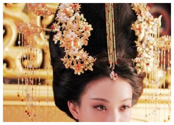 娱乐圈6位这女星戴上超重发簪,杨颖排第2,第一没人不服!