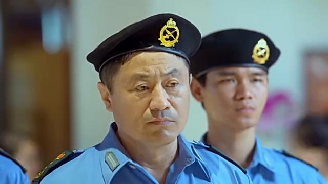 肖扬带常骁转机回国被汉都亚拦截 连警察都不管用
