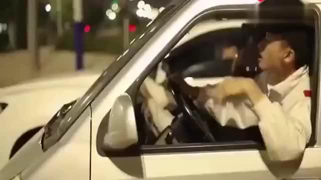 视频:当五菱遇上长城VV7结果很尴尬