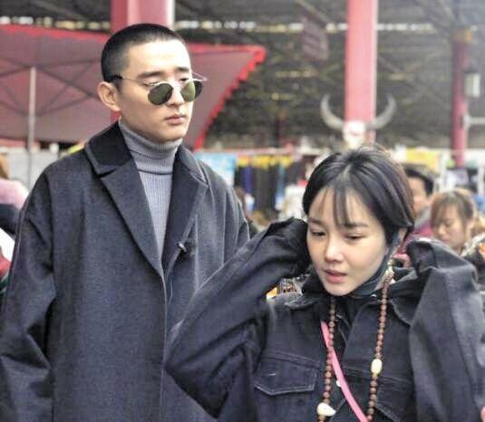 于小彤女友陈小纭承认整容十几次,看到她的旧照,自身颜值亮了!