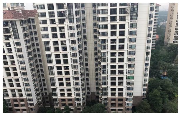 买房选高楼层之前,先看好这3个缺点,别像我家那样入住才知坑