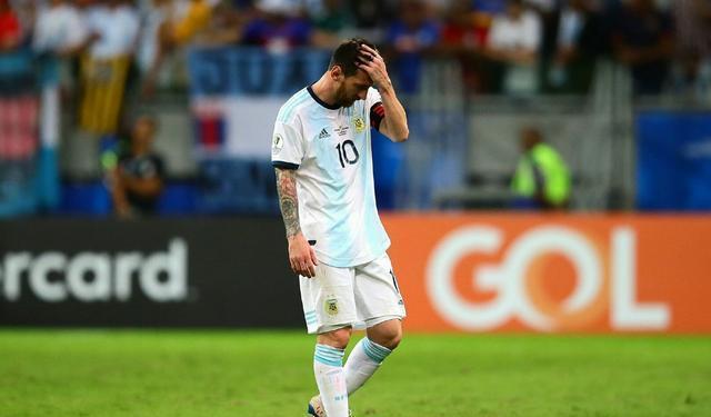 问题来了,如果梅西带领国足去打美洲杯,成绩会更差还是更好?