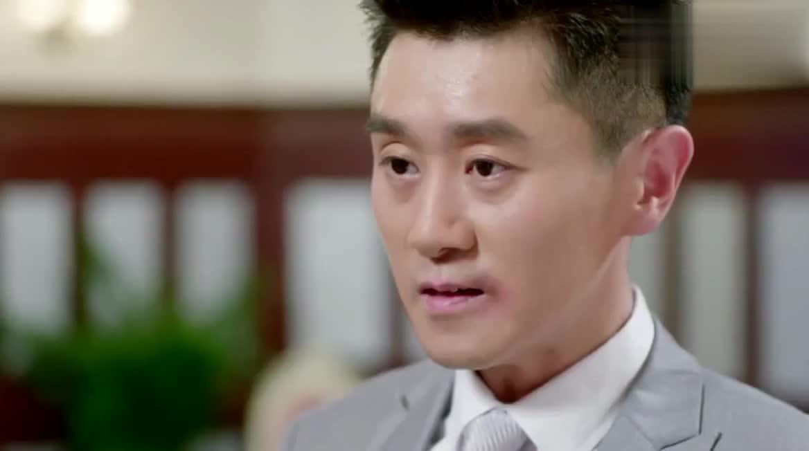 阿星再次对萧岚表明自己的心意没想到志杰和琳儿走了过来