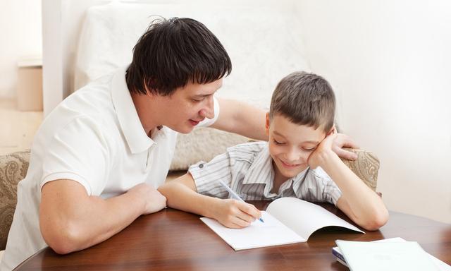 资深校长:学渣暑假补习,而学霸的家长在给孩子培养这5个好习惯