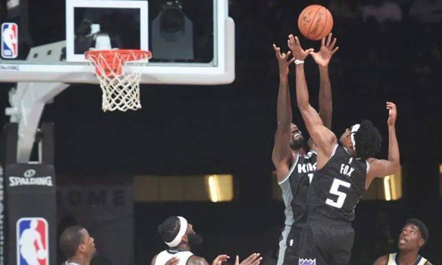 难怪桑普森不来山东打CBA了!季前赛砍全队最高分,他属于NBA
