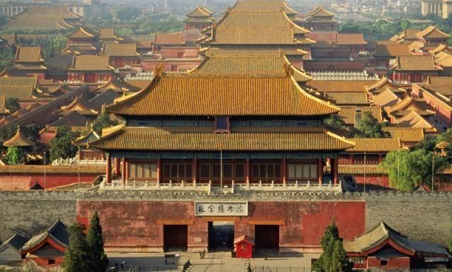 北京故宫:明、清两代的皇宫,中国最大的古代文化艺术博物馆