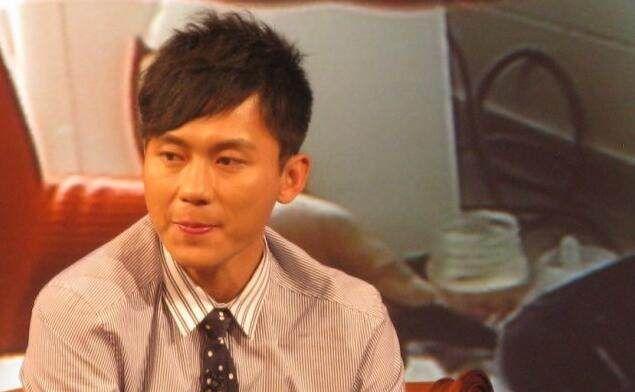 同演,李晨40岁我信,段奕宏45岁我信,说他49岁我不信!