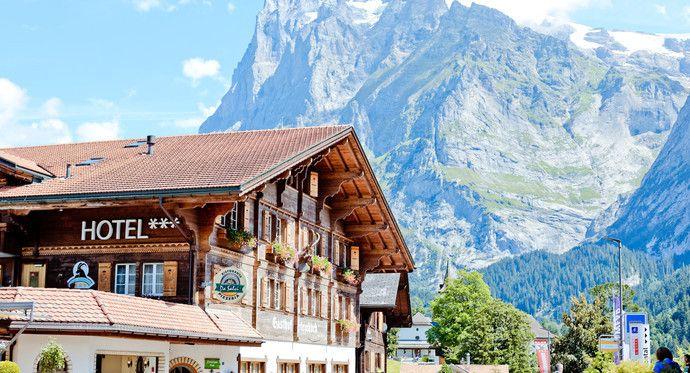 格林德瓦位于瑞士伯尔尼州中部的市镇,属于因特拉肯区内的直辖市