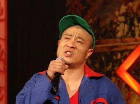 刘小光被赶出师门后,事业力不从心,网友:大衣哥甩他十条街!