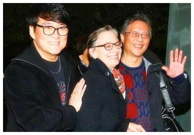 娱乐圈老婆是外国人的5大男星,秋瓷炫和于晓光最让人羡慕