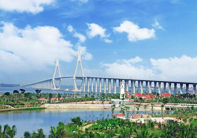 """中国最""""尴尬""""旅游城市,与三亚仅隔一海,物价不贵却无人感兴趣"""