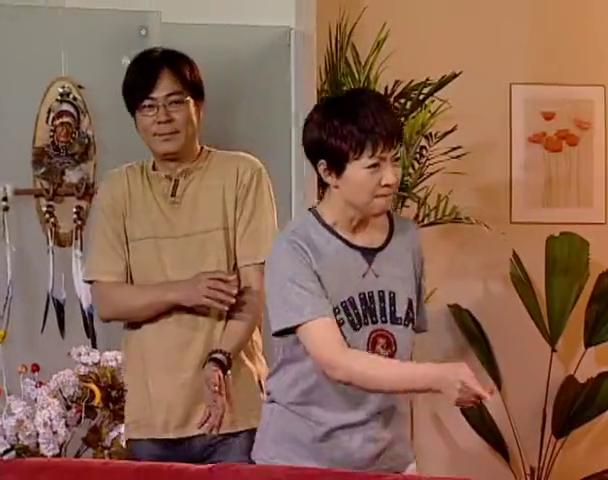家有儿女:刘星死党打碎玻璃,为了不让他挨打,刘星替他扛了下来