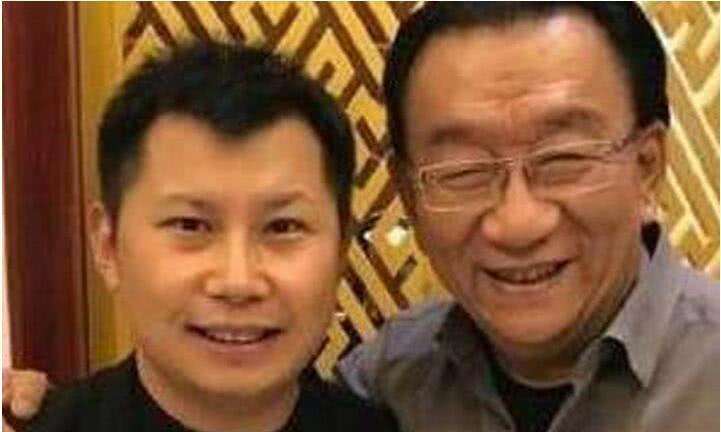 何云伟成最不要脸相声演员,发视频哭诉:郭德纲永远是我恩师