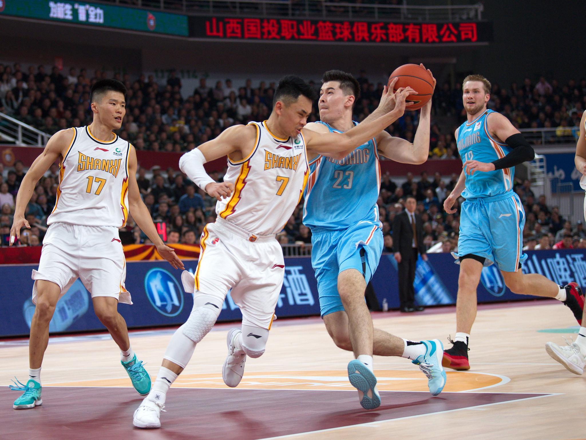 篮球——CBA常规赛:山西汾酒股份不敌新疆伊力特