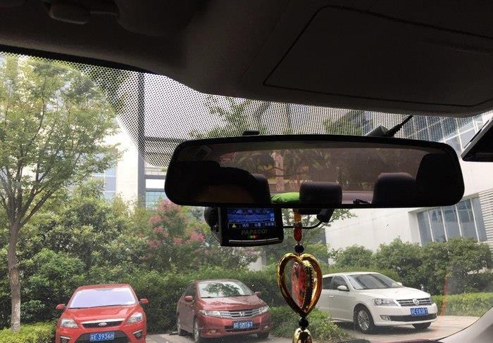 丰田雷凌保险盒取电安装行车记录仪(迷你保险丝)