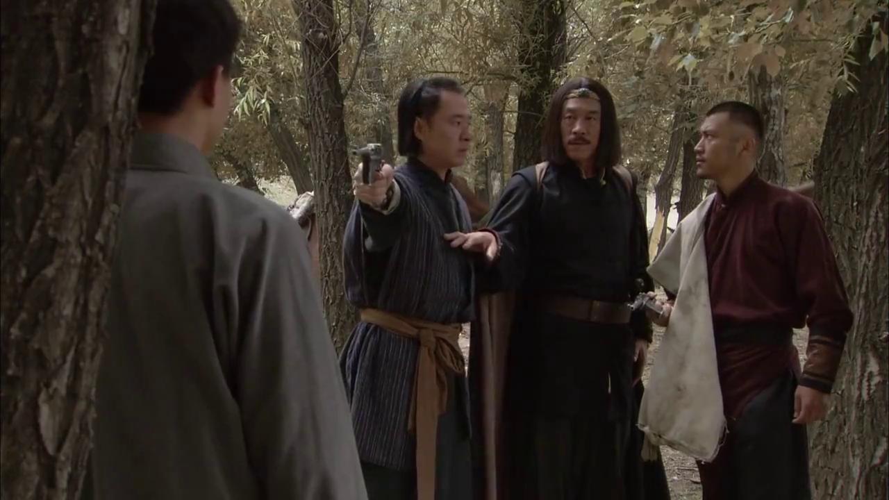 把我的刀拿来!老大看到杀妻仇人,和他大打出手