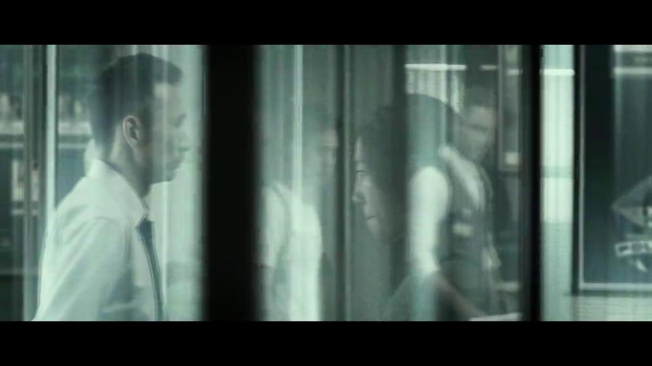 绑架者:女警察浮想连连,到底谁是真正的内鬼,他能找回女儿