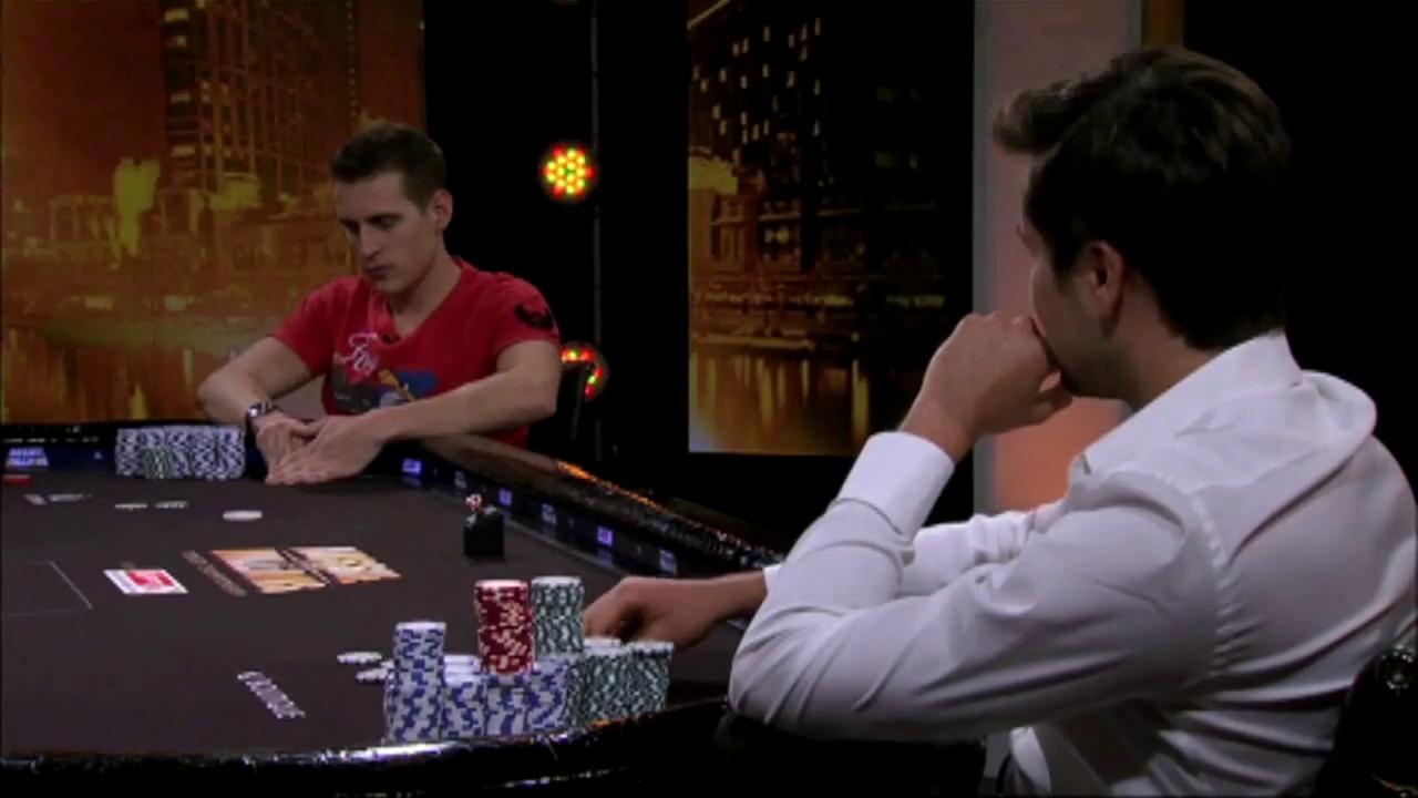 德州扑克:转牌中顶对全下,以为自己胜利在握,可惜对手牌力更大