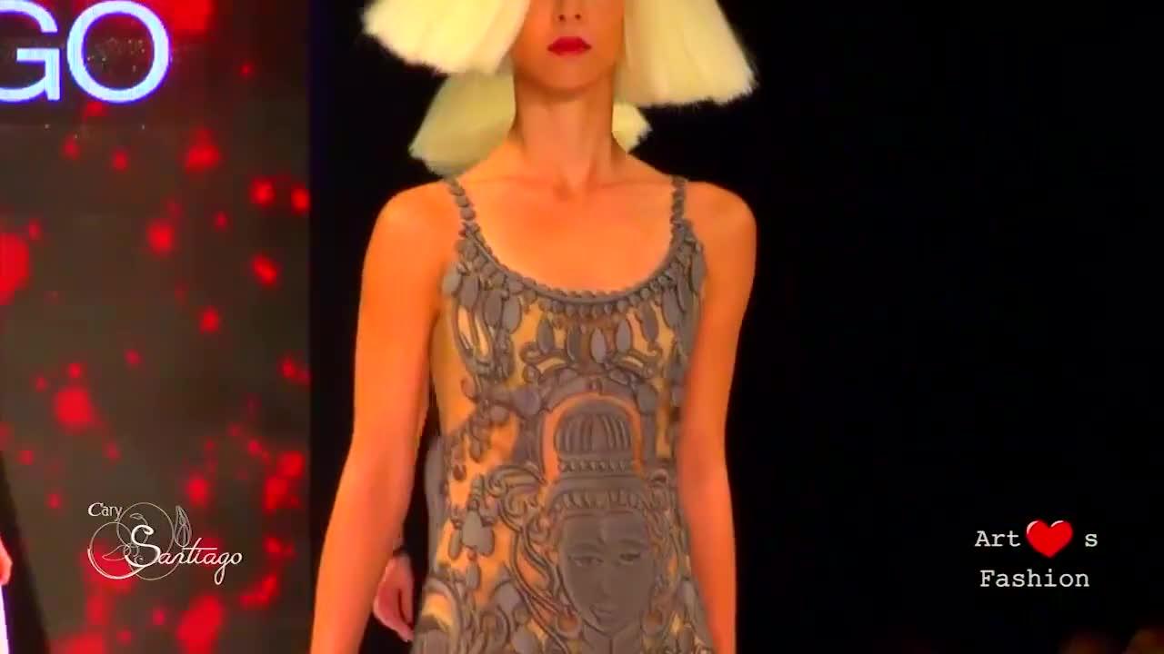 网纱镂空吊带衫,尽显美女风姿卓越,魅力迷人
