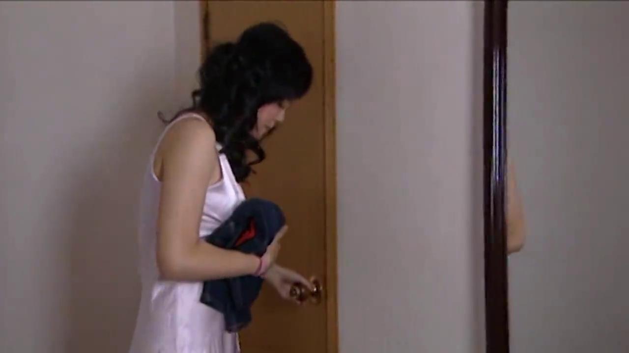 专案组抓到逃犯女友,急速赶到藏身宾馆,竟又扑了个空