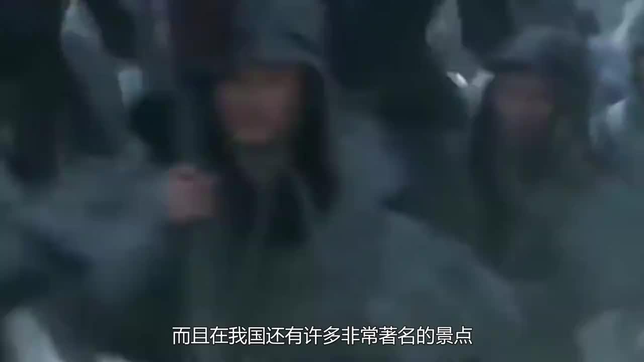 英国人来我国度假看到电梯后傻眼了你们中国人都这么会玩吗