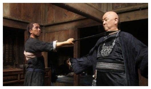 武打巨星王羽,获得第56届金马奖终身成就奖,他和杜琪峰一样尴