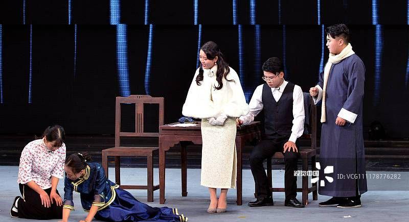 成都:大学生校园戏剧展演季举行 厚植传统文化