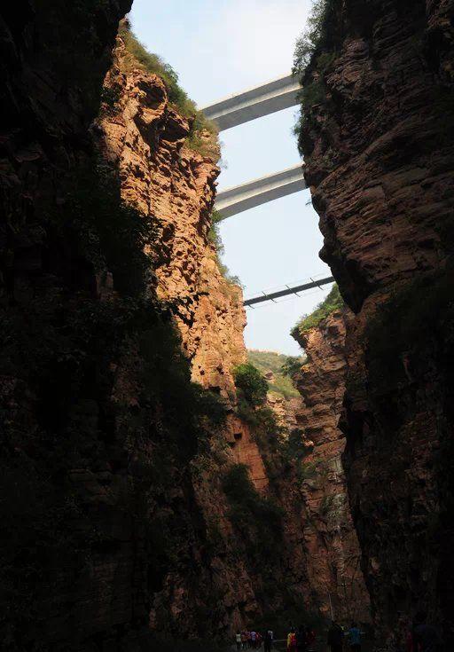 """这里被专家誉为""""世界奇峡"""",真是名不虚传,徒步邢台大峡谷"""