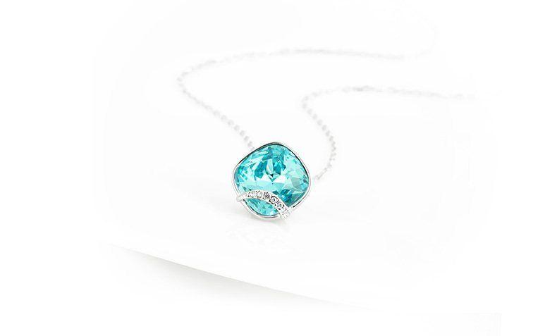施华洛世奇水晶项链,宛如童话世界耀眼闪亮
