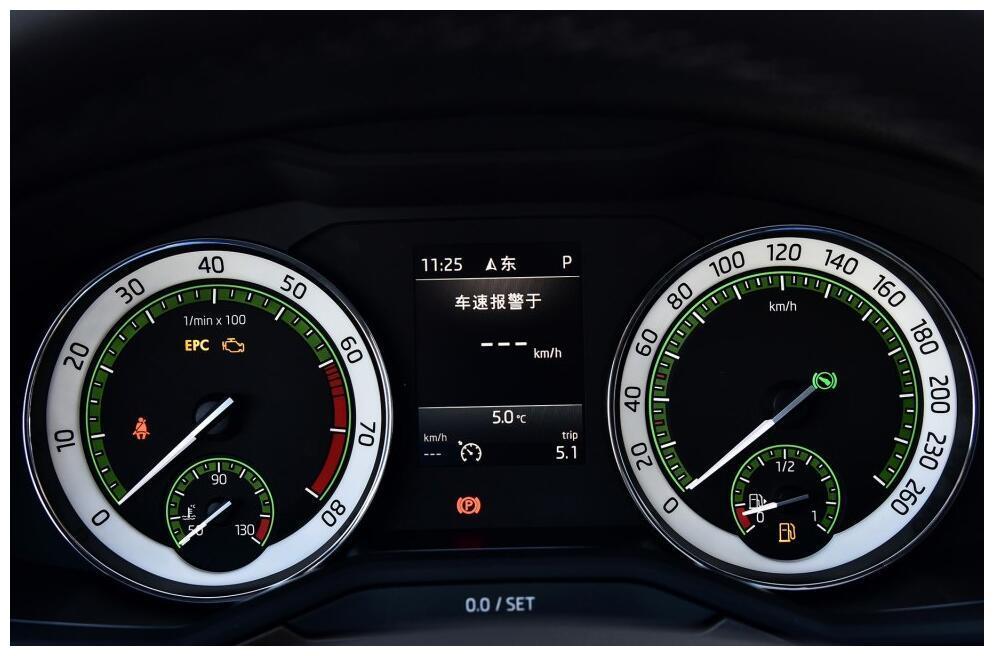 大众B级家用轿车,与迈腾同级别,国六降至14万,买朗逸后悔了
