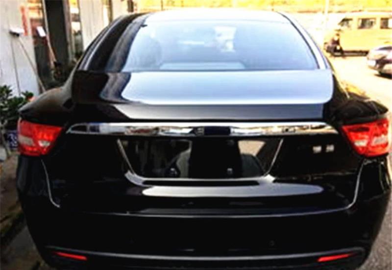 吉利博瑞这款车怎么样?值不值得购买?打开后备箱就可见分晓!