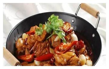 美食推荐:土豆干锅鸡、一招鲜、海派水煮羊杂制作方法