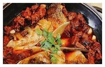 美食推荐:鱼头焖牛腩、油浸鳝鱼、驴肉煲汤制作方法