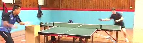 疯狂 乒乓球训练 的富勒姆主