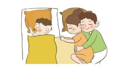 孩子几岁跟爸妈分床睡?或许这才是最好的答案