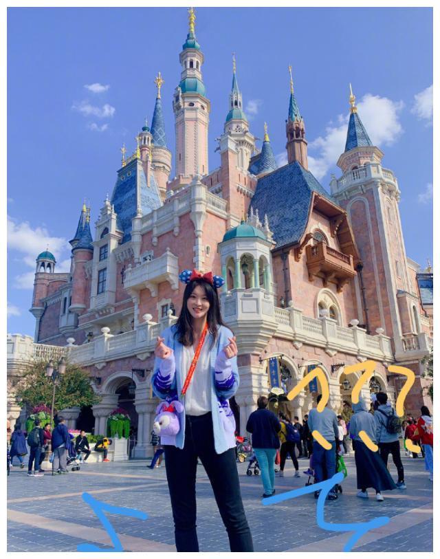 惠若琪的粉色少女心:恶搞老公、调侃老公,惠队发私密照片当福利